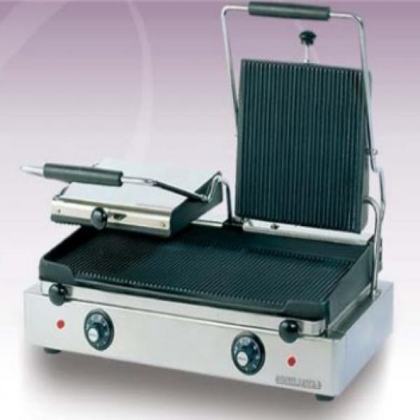 Máy kẹp bánh mỳ chạy điện Berjaya CG12