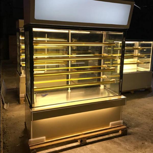Tủ trưng bày bánh kem kính vuông 1m5 5 tầng